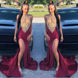 2019 Burgundy Halter Lace Applique Mermaid Split Prom Gown Keyhole Neck Sleeveless Formal Party Dresses Sweep Train Zipper Back Evening Dres