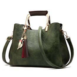 2018 autumn and winter new wild atmospheric handbag fashion casual handbag simple shoulder Messenger bag