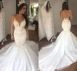 2018 New Design Sleeveless See Through Tulle Sexy Mermaid Wedding Dresses Beads Appliques Bridal Dress with Long Train