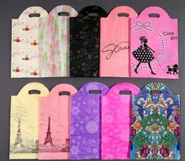 Plastic gift bags Packing Bags clothing hand bags 25*38cm