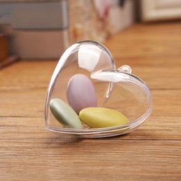 Hot Selling Wedding Party Favor Boxes Candy Favor Sweest box New Novelty Clear Heart Shaped Gift Box for Guests
