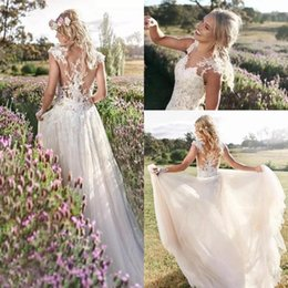 Simple A-Line Bohemian Beach Wedding Dresses 2018 Elegant Cap Sleeves Illusion Bodices Lace Appliques Bridal Gowns Custom Made Sexy Back