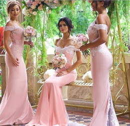 Amazing Pink Elegant Off Shoulder Mermaid Bridesmaid Dresses Cheap Lace Backless Maid of the Honor Dress with Buttons