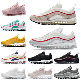 Air 97 running shoes for men triple white Undefeated black south beach OG Metallic gold silver womens sports shoe designer sneaker Trainers
