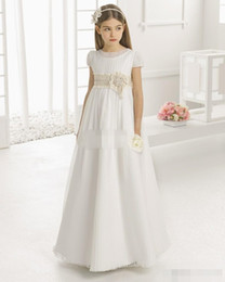 Vintage Flower Girl Dresses for Wedding Empire Waist Short Sleeve Tulle Crew Champagne Lace Sash 2019 Cheap Children First Communion Gowns