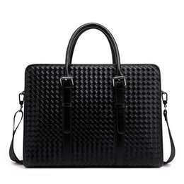 Black woven handbag Men's business and leisure briefcase hot package postage