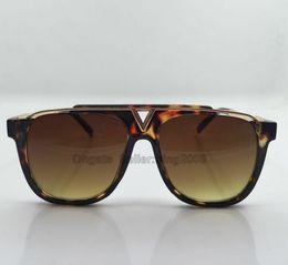 1pcs Hot selling popular fashion men Txrppr designer sunglasses Z0937E square Tortoise frame Brown lens top quality UV400 lens with box