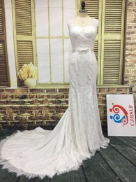 Sparkly Luxury Lace Wedding Dress V Neck Crystals Pearls Beads Appliques Illusion Back Elegant Bridal Gown with Sash Bow Court Train