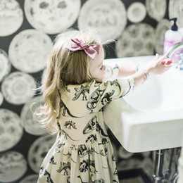 2018 Spring Kids Baby Girl Beige Dinosaur Print Casual Dress Kids Soft Cotton Half Sleeve Dress