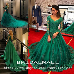 Emerald Green Formal Dresses Evening Wear 2019 Long Sleeve Lace Applique Beads Plus Size Prom Dress robe de soiree Quinceanera Ball Gowns
