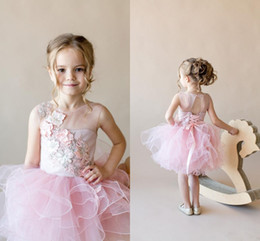 Blush Pink Hand Made Flowers Flower Girl Dress Short Lace Appliqued Girl Formal Wedding Dresses Cute Princess Birthday Party Gown
