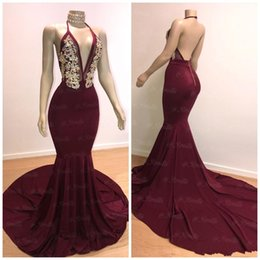 2019 Burgundy Prom Dresses Sexy Mermaid Halter Neck Open Back Evening Gowns Gold Crystal Bead Cocktail Party Ball Red Carpet Dress