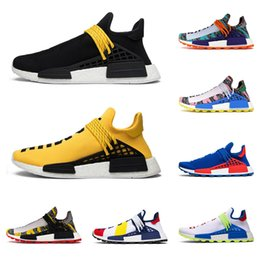 2020 Tennis Shoes NMD Human Race Hu Pharrell Williams Mens Women Running Shoes NERD Black Blank Canvas Homecoming Solar Pack sports sneakers