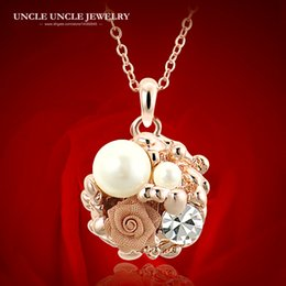 Rose Gold Color Clear Zirconia Simulated Pearl Studded Rose Flower Garden Elements Women Pendant Necklace Wholesale Gifts