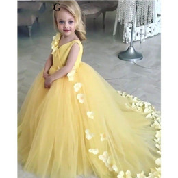 Yellow Flowers Kids Pageant Evening Dress 2019 Ball Gown Flower Girl Dresses For Weddings First Communion Dresses For Girls