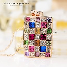 Rose Gold Color Multicolor Zirconia Crystal Studded Luxury Queen Women Rectangle Pendant Necklace Wholesale Birthday Gift