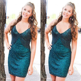 Shiny Short Sheath V-neck Homecoming Dress Sleeveless Beads Crystals Plus Size Arabic Formal Cocktail Prom Gowns