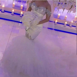 2020 Luxury Mermaid Crystal Long Wedding Dresses Off Shoulder Bridal Gown Rhinestones Plus Size White Sexy Bride Party Wear Backless