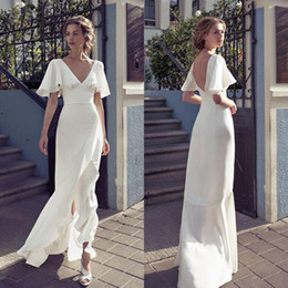 2019 Vintage V Neck Sheath Beach Wedding Dresses Front Split Backless Bridal Dress Floor Length Bride Dress Custom
