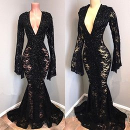 Sexy Black Plunging V Neck Lace Prom Dresses 2019 Big Long Sleeves Mermaid V-Neck Evening Gowns