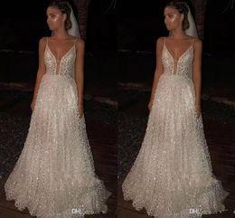 2019 New Spaghetti Straps Lace A Line Wedding Dresses Tulle Applique Sequins Sweep Train Plus Size Wedding Bridal Gowns robe de mariée