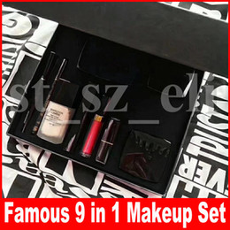 Famous 9 piece makeup set Foundation Blush powder Liquid lipstick lipgloss lip gloss eyeshadow palette eyeliner 9 in 1 make up set