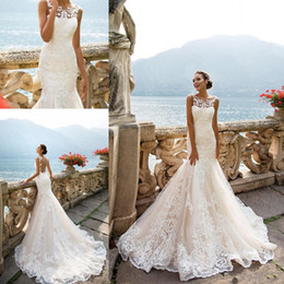 Milla Nova 2018 Light Champagne Mermaid Wedding Dresses Bateau Neck Sleeveless Full Lace Appliqued Plus Size Arabic Bridal Gowns for Wedding