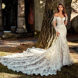 2020 Vintage Lace Mermaid Wedding Dresses Off The Shoulder Backless Bridal Gowns With Long Sleeves Beaded Court Train Vestido De Novia