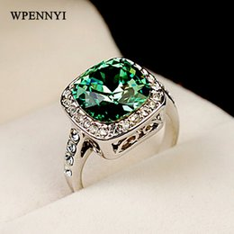 White Gold Color Royal Design Austrian Crystal Square Green Woman Finger Ring 4 Colors Wholesale Perfect Gifts