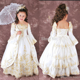 Vintage Gorgeous Flower Girls Dresses For Weddings With Long Sleeves Gold Appliques Floor Length Kids First Communion Dress Custom Size