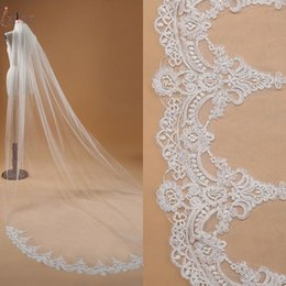 Hot Sales White Ivory 3 Meters Long Bridal Veils With Comb Tulle Appliqued One Layer Cathedral Weddings Long Bridal Veils CPA910