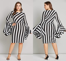 6XL Flare Sleeve Plus Size Women Bodycon Dress Sexy Sheath 5 Colors Short Striped Dress for Women Robe Femme FS5100