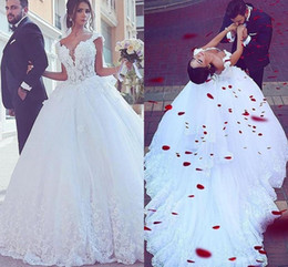 White Romantic Deep V-Neck Lace Long Wedding Dresses Ball Gown Floral Applique Lace-Up Formal Bridal Dress Custom Made