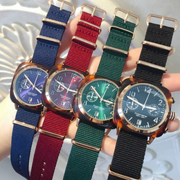 High quality Luxury watches Wholesale Hot Items women watches Famous new wristwatch quartz Fashion Man wristwatches dress Watch High Quality