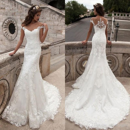 2019 New Arrival Mermaid Wedding Dresses Vintage Appliques Lace Short Sleeve with Button Trumpet Vestido De Noiva Bridal Dresses