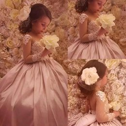 Lovely Long Sleeve Ball Gown Blush Pink Flower Girl Dresses Vintage Sheer Appliques With Big Bow Girls Birthday Communion Wear Pageant Dress
