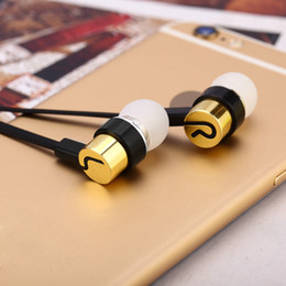 Stereo Earphone Headphones 3.5mm Universal Noise Cancelling In-Ear Headsets For Iphone 6 7 Plus Samsung S8 S9 Smartphones