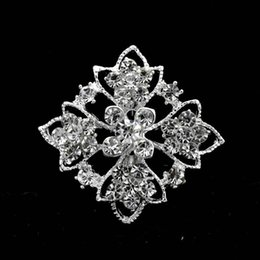 1.45 Inch Small Diamante Flower Brooch with Clear Rhinestone Crystals Sparkly Silver Tone Bridal Pins