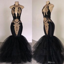 2019 Sexy Black Halter Tulle Mermaid Long Prom Dresses Keyhole Lace Applique Beaded Floor Length Evening Party Dresses Plus Size BC0752