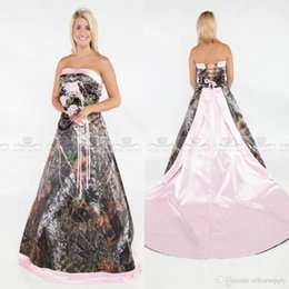 Vintage Strapless Camo Forest Satin Pink Edged Wedding Dresses 2019 Camo Forest Wedding Gowns with Lace Up and Sweep Train Bridal Gowns