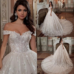 Vintage Off The Shoulder Short Sleeve Wedding Dresses Beading Crystal Sequins Luxury Ball Gown Wedding Dress Plus Size 2020 Bridal Gowns
