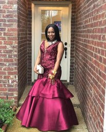 Black Girls Nigerian African Plus Size Mermaid Prom Dresses Deep V Neck Floor Length Lace Applique Satin Backless Evening Gowns Formal Dress