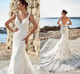 2019 New Arrival Sexy Beach Mermaid Wedding Dress Spaghetti Straps Lace Applique Court Train Wedding Dress Bridal Gowns Robe de marriage