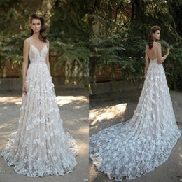 2019 New Arrival Stunning Spaghetti Straps A Line 3D-Floral Appliques Lace Cathedral Train Wedding Dresses Backless Berta Bridal Gowns