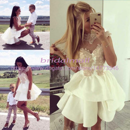 Appliqued Ivory Satin Short Mini Homecoming Dresses 2019 Cheap Sheer Neck Sweet 16 Girls Prom Dresses Tiered Ruffles Cocktail Party Gowns
