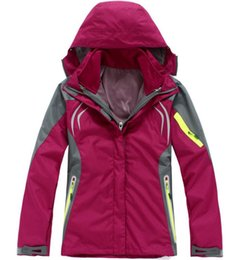 new windproof hiking jacket fashion Women outdoor ski suits Women outdoor Leisure sports jacket