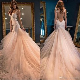 Gorgeous Mermaid Sleeveless Wedding Dress 2019 Lace Appliques See Through Back Arabic African Wedding Vintage Bridal Gowns