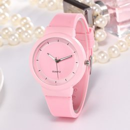 2019 Fashion Sport Watch Jelly Silicone Rubber Candy Quartz Watch Colorful Band Wristwatches for Women Girls Students