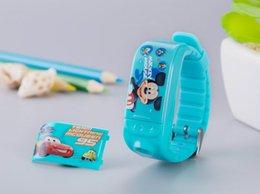 fonction de téléphone GSM SOS intelligent Wristband Smartwatch Tracker pour enfants / enfants Remote Camera Control rappellerons Tracker