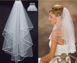 Wholesale Hot Sale In Stock Two Layers White Veils Ribbon Pearls Edge Comb Wedding Veil Bridal Accessory